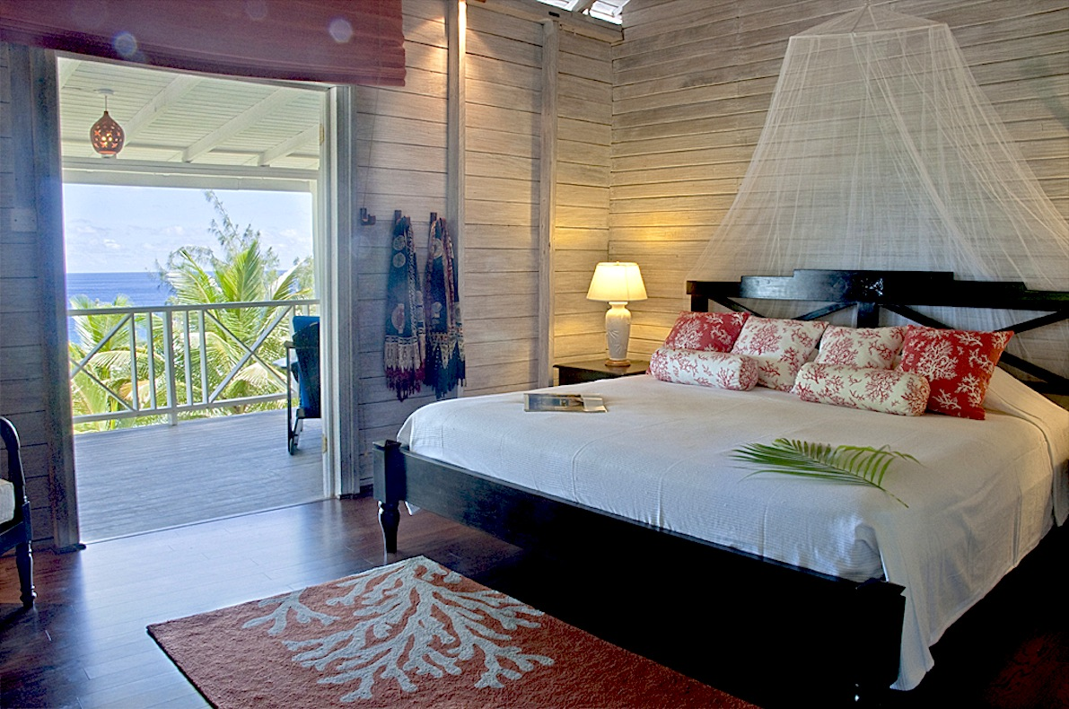 7 Owner Suite 1 in Main House at Sea-U